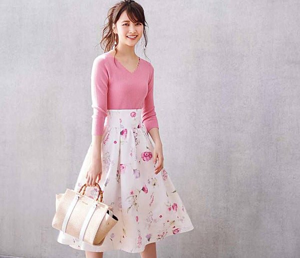 女性 ファッション ピンク